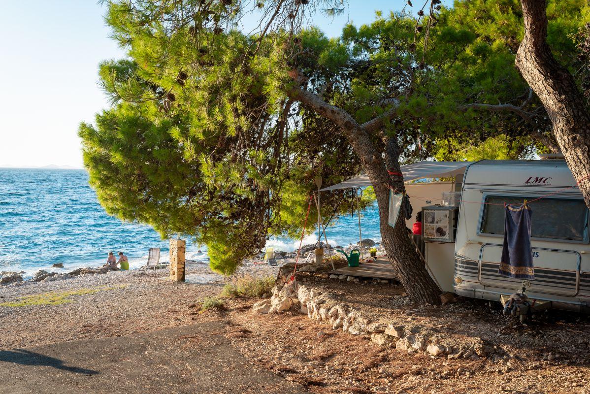 7122 - Adriatik Kamp