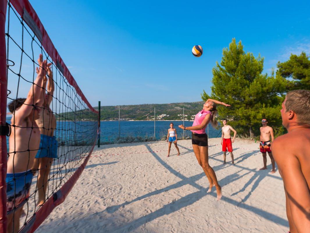 7556 uai - Adriatik Kamp
