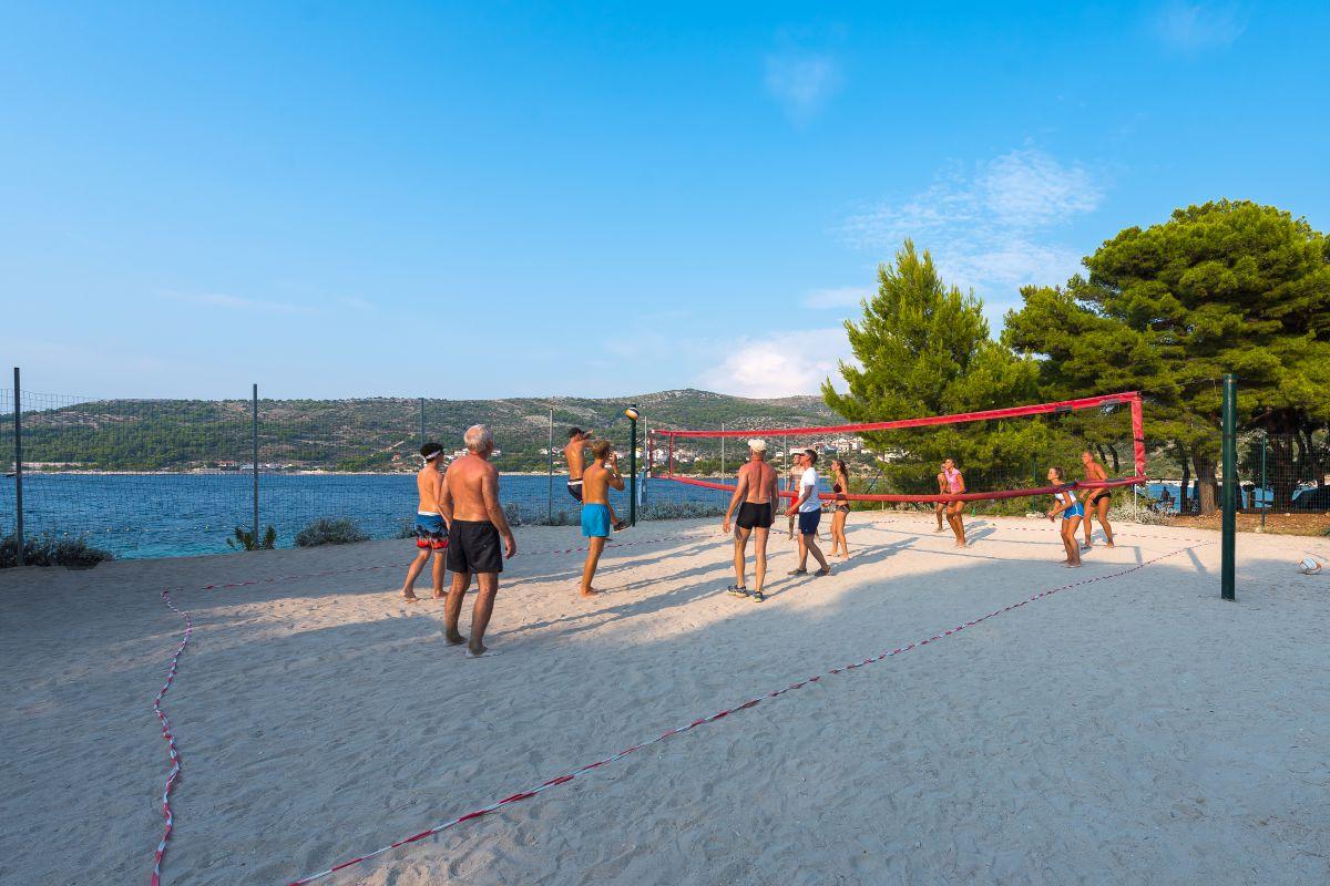 7590 - Adriatik Kamp