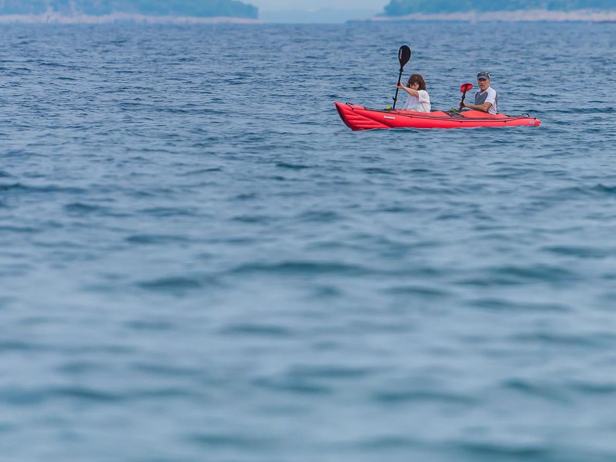 7710 uai - Adriatik Kamp