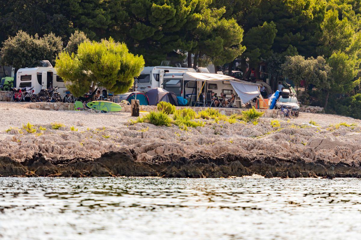 8089 - Adriatik Kamp