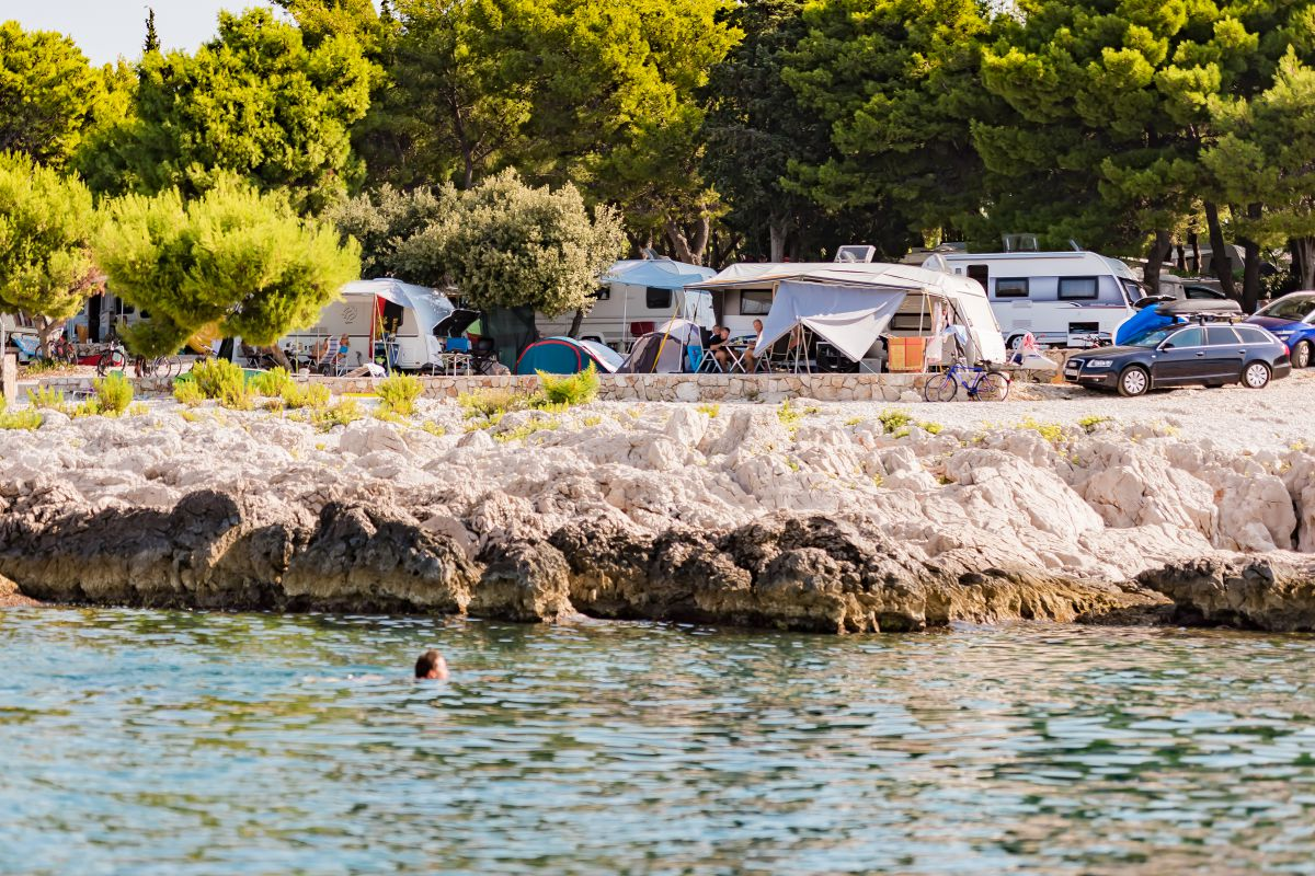 8099 - Adriatik Kamp