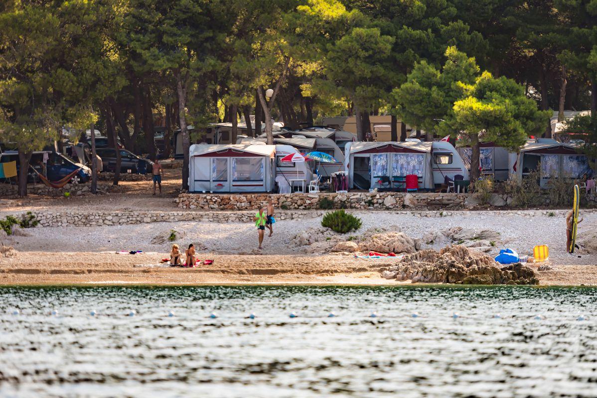 8105 - Adriatik Kamp